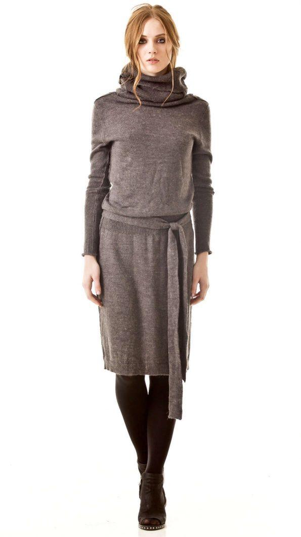AMANDINE // grey turtleneck dress