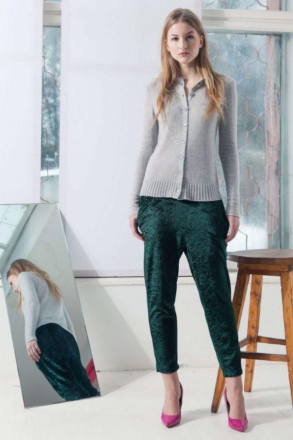 classic short grey cashmere sweater