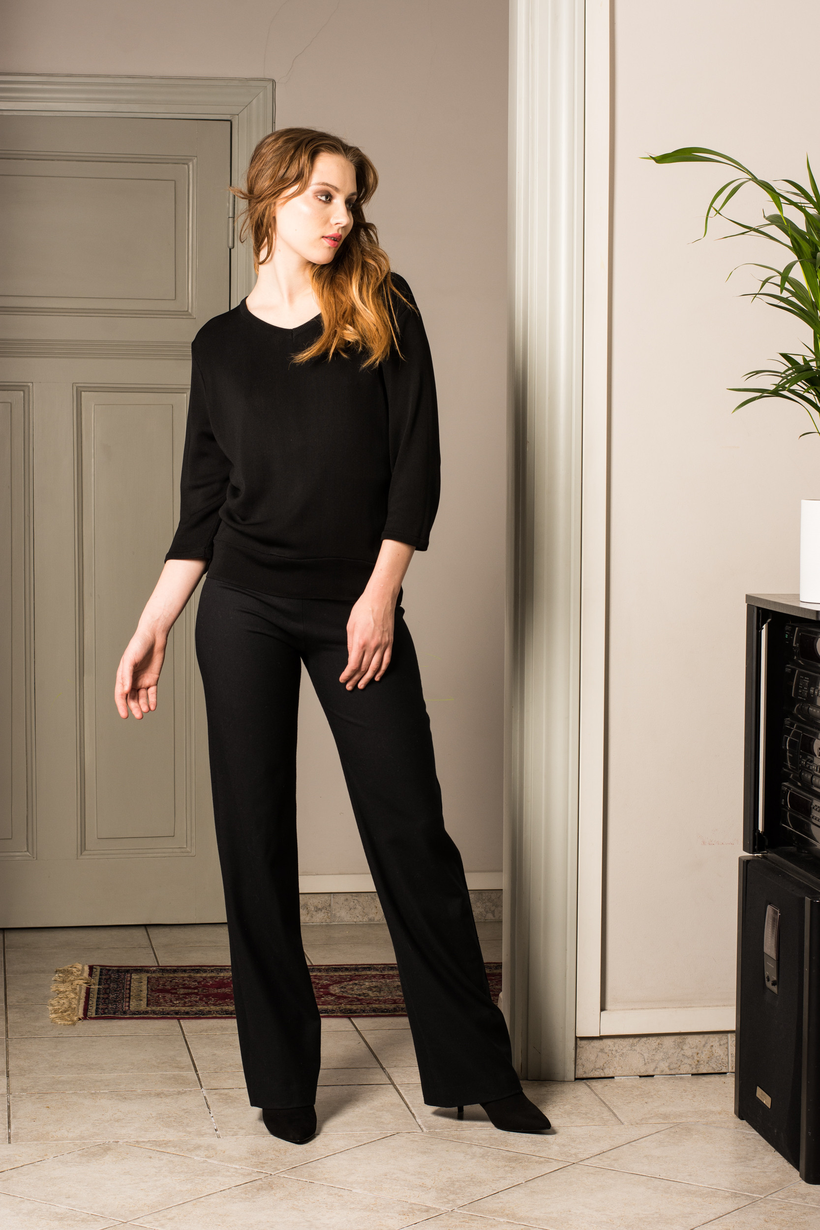 Black 3/4 sleeve v-neck womens sweater jumper pullover MIA