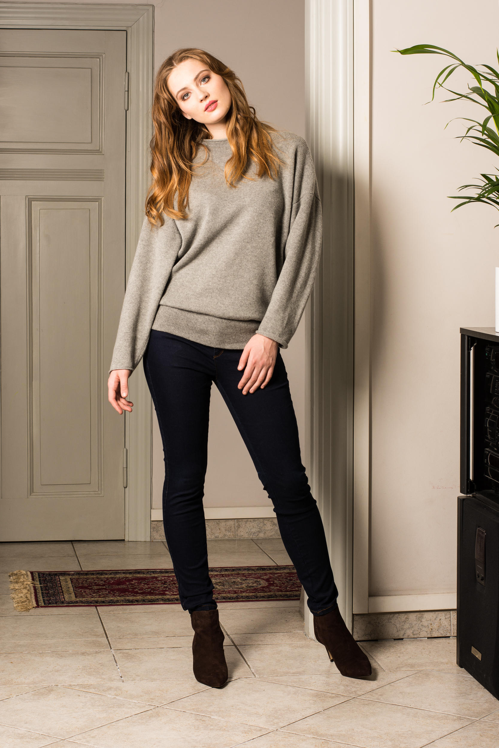grey cashmere sweater womens crew neck