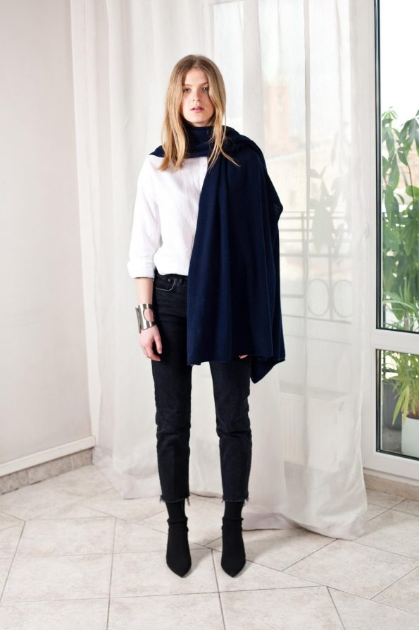 100% cashmere dark blue navy scarf travel wrap shawl
