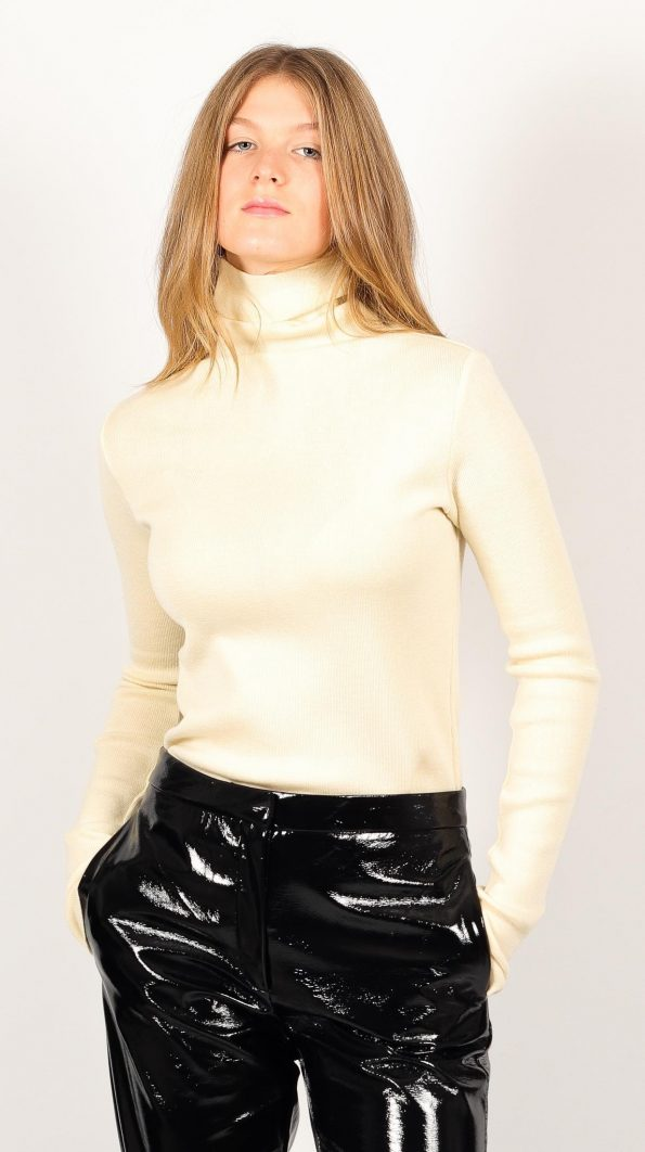 Knitted off-white merino wool womens turtleneck roll neck sweater pullover jumper ADA