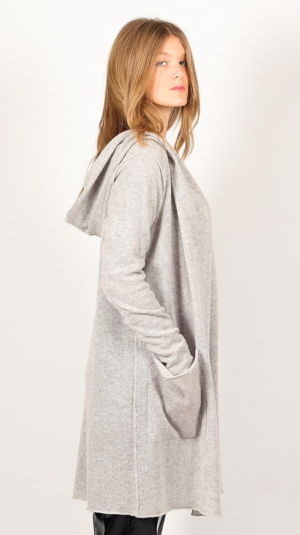 Gray cashmere cardigan with large hood, pockets and belt closure