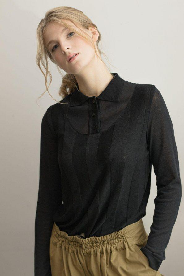 Back merino wool womens sweater pullover ILMA