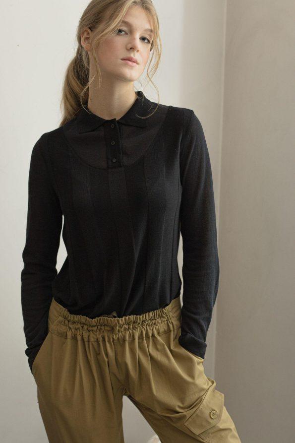 Black sweater made of merino wool ILMA