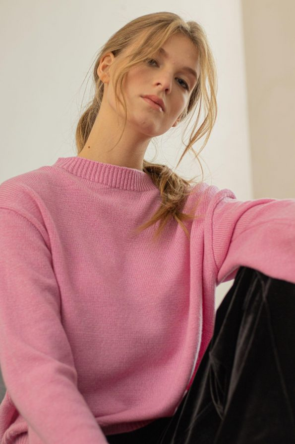 Loose fit oversized crew neck sweater jumper pullover womens FRIDA PINK